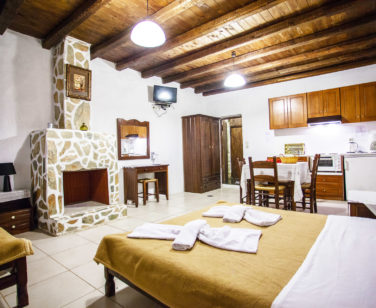 Accommodation in Bali Crete - Studio 5 - Stone Village