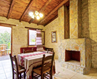 Accommodation in Bali Crete - Studio 9 - Stone Village