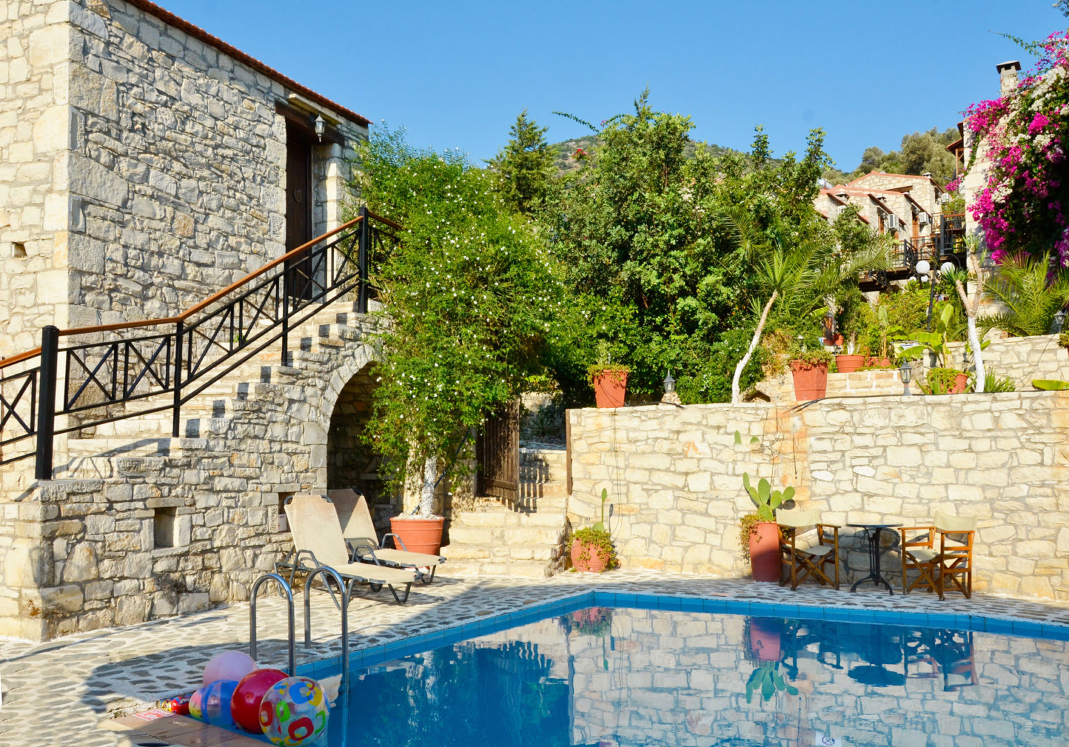 Hotel in Bali Crete - Stone Village - Large Pool 4