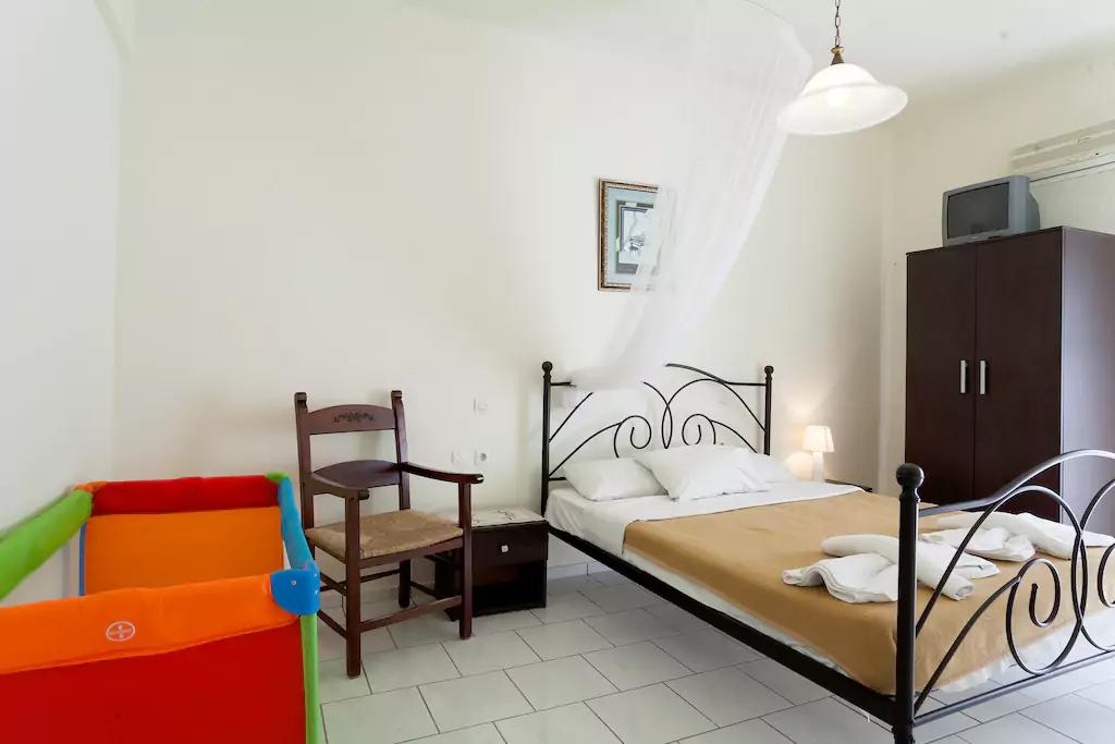 Spacious Villa in Crete Bali - Villa Klados - Bedroom 5