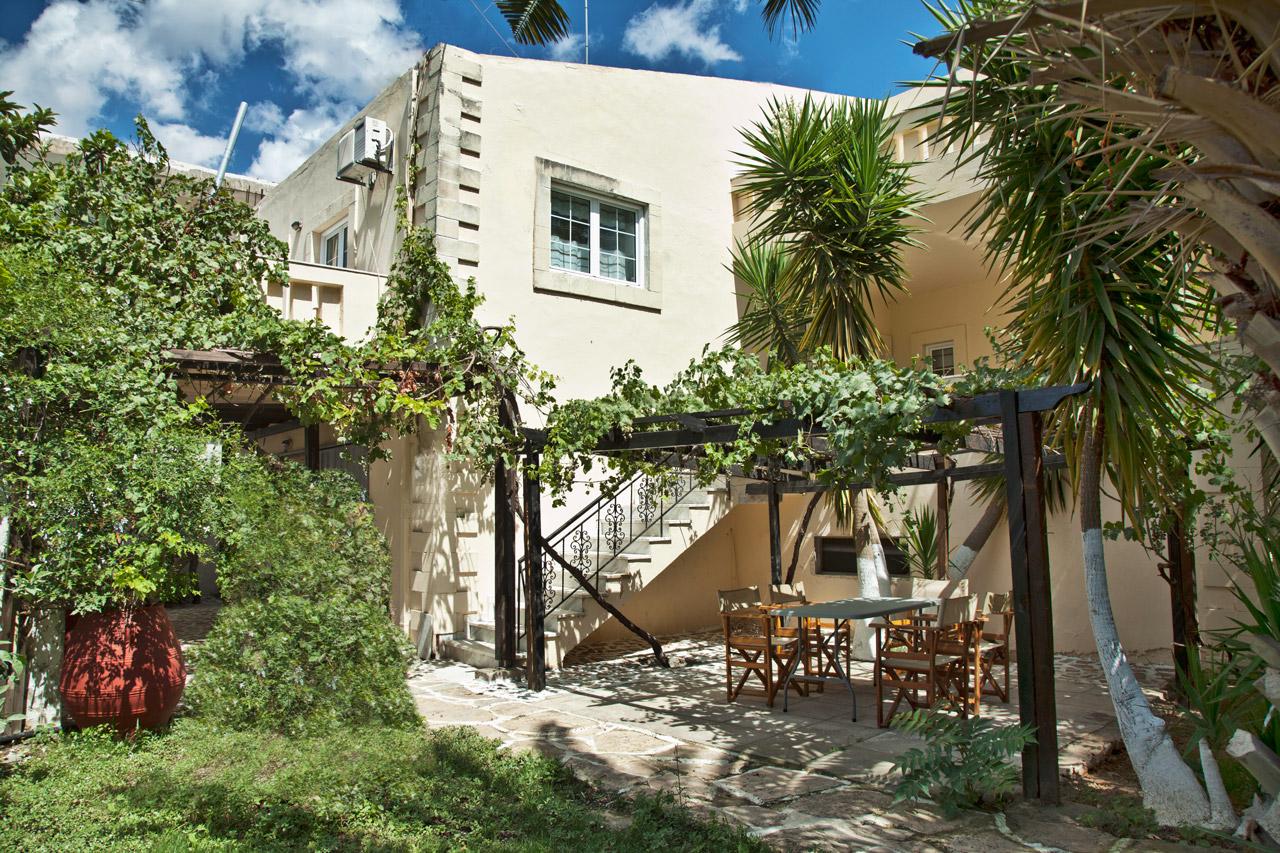 Spacious Villa in Crete Bali - Villa Klados - Garden 5