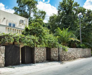 Spacious Villa in Crete Bali - Villa Klados - Main Entrance 1